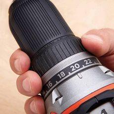 Black & Decker Perceuse visseuse sans fil Brushless 18V + 2 batteries