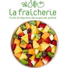 LA FRAICHERIE Salade de fruits : ananas, pomme, raisin, fraise, kiwi et clémentine 750g
