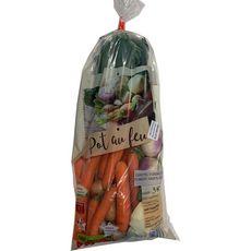 Mélange légumes locaux pot au feu  : carottes, oignons, chou, poireaux, navets, céleri  3kg