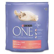 PURINA One croquettes au saumon pour chat sensible 1,5kg