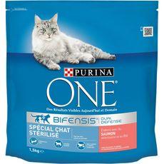 PURINA One bifensis croquettes au saumon blé pour chat stérilisé 1,5kg
