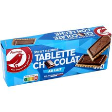 AUCHAN Petits beurre avec tablette de chocolat au lait, sachets fraîcheur 4x4 biscuits 150g